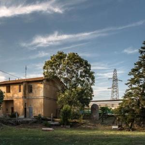 Casello ferroviario in località Giuncarico
