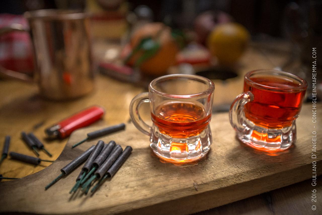 Vetro, alcol e petardi