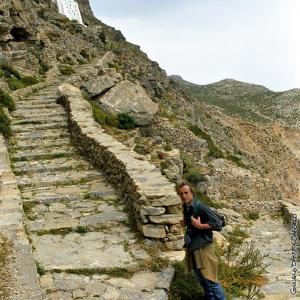Cammino al monastero di Amorgòs