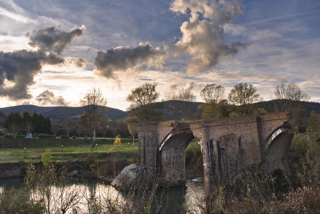 Ponte di San Lorenzo al Merse