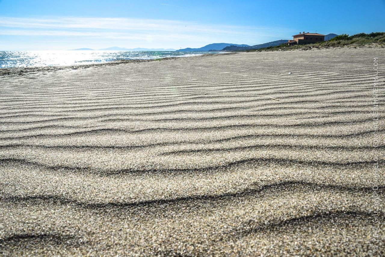 Onde di granelli di sabbia